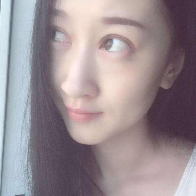 韩小仙儿照片
