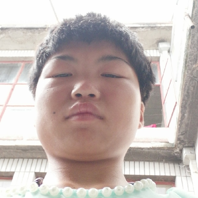 王甜甜照片