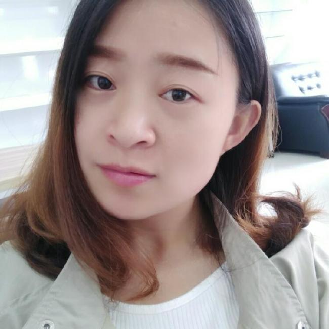 juany照片
