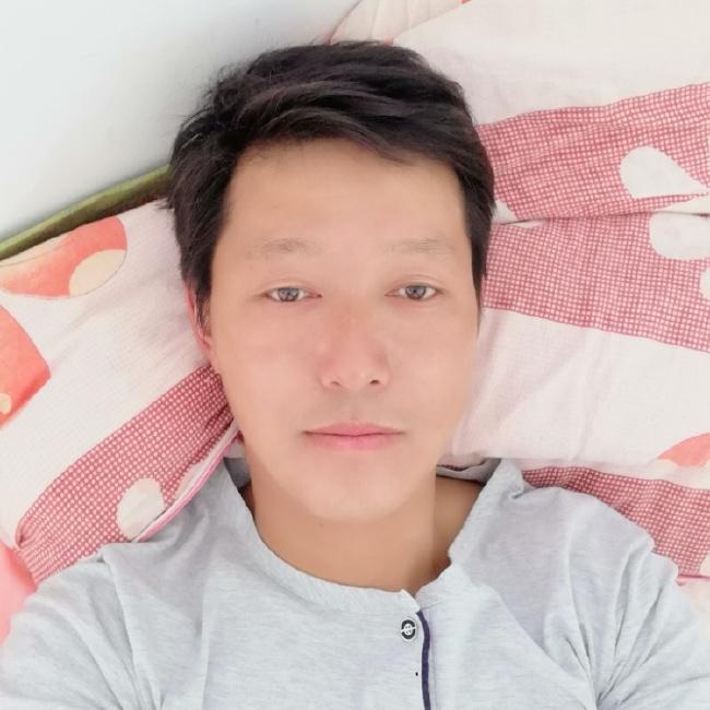 liweiminG照片